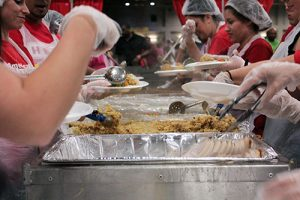 volunteer feast giving back Noah's Ark Reno